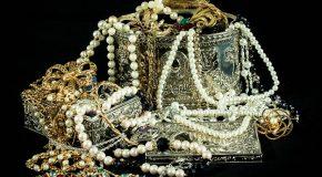 Argent : vous découvrez de l'or ou un trésor, qui en est propriétaire ?